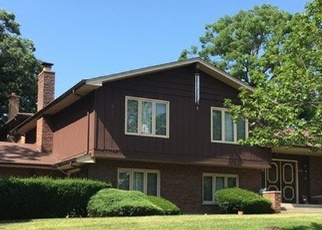 Pre Foreclosure in Palos Heights 60463 W PARK LANE DR - Property ID: 1039233173
