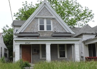 Pre Foreclosure in Louisville 40211 DUMESNIL ST - Property ID: 1039987369