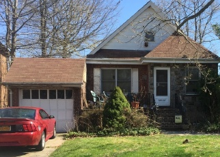 Pre Foreclosure in Bayside 11360 27TH AVE - Property ID: 1040324619