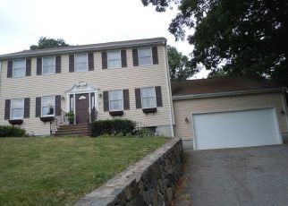 Pre Foreclosure in Lynn 01904 MICHAEL RD - Property ID: 1040697326