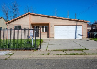 Pre Foreclosure in Sacramento 95820 13TH AVE - Property ID: 1040704787