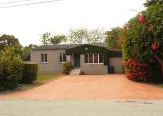 Pre Foreclosure in Miami 33155 SW 57TH CT - Property ID: 1040758204