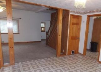 Pre Foreclosure in Frankfort 13340 2ND AVENUE EXT - Property ID: 1040792366