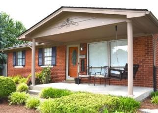 Pre Foreclosure in Louisville 40258 HOSTA LN - Property ID: 1041236927