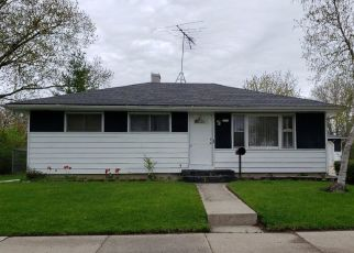 Pre Foreclosure in Racine 53403 MARYLAND AVE - Property ID: 1041433115