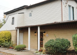 Pre Foreclosure in Staten Island 10305 CHESTNUT AVE - Property ID: 1041544368