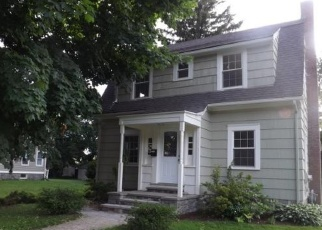 Pre Foreclosure in Bridgeport 06604 MAIN ST - Property ID: 1041817224