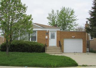 Pre Foreclosure in Chicago 60652 W 82ND PL - Property ID: 1042370839