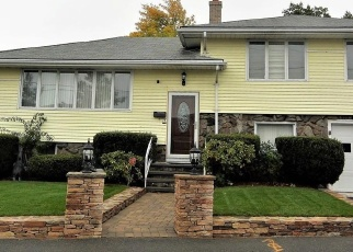 Pre Foreclosure in Revere 02151 GRAND AVE - Property ID: 1042667335