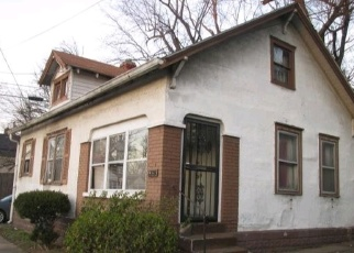 Pre Foreclosure in Louisville 40210 S 22ND ST - Property ID: 1042708957