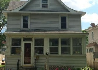 Pre Foreclosure in Saint Paul 55104 THOMAS AVE - Property ID: 1043183716