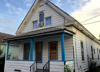 Pre Foreclosure in Syracuse 13208 S ALVORD ST - Property ID: 1043304140