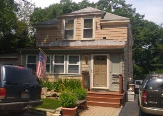 Pre Foreclosure in Lynn 01904 PARKER HILL TER - Property ID: 1043998786