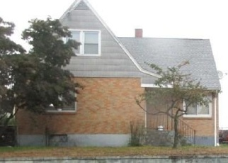 Pre Foreclosure in Bridgeport 06607 HOLLISTER AVE - Property ID: 1044298800