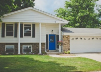 Pre Foreclosure in Waukesha 53189 CHAPMAN DR - Property ID: 1044315883