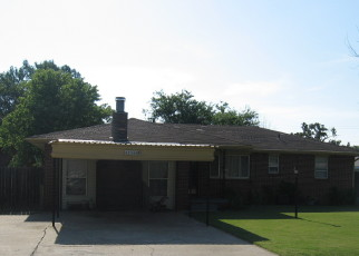 Pre Foreclosure in Harrah 73045 HAMPTON RD - Property ID: 1044666245
