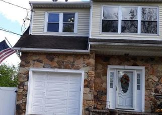 Pre Foreclosure in Staten Island 10309 STAFFORD AVE - Property ID: 1044737195