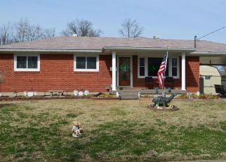 Pre Foreclosure in Louisville 40258 MARYMAN RD - Property ID: 1045210211