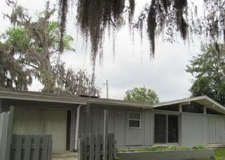 Pre Foreclosure in Jacksonville 32218 VILLANOVA RD - Property ID: 1045333732