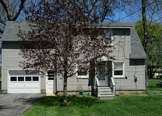 Pre Foreclosure in Brewerton 13029 JEROME ST - Property ID: 1047067667