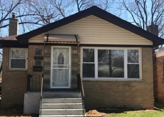 Pre Foreclosure in Dolton 60419 DOBSON AVE - Property ID: 1047560826