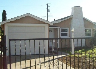 Pre Foreclosure in Compton 90221 E PALMER ST - Property ID: 1047601104