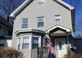 Pre Foreclosure in Staten Island 10302 COTTAGE PL - Property ID: 1047604172