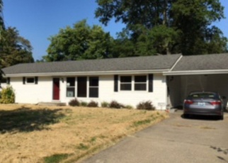 Pre Foreclosure in Henderson 42420 HOLLOWAY LN - Property ID: 1047664622