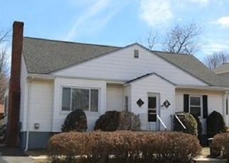 Pre Foreclosure in Winthrop 02152 REVERE ST - Property ID: 1047683901