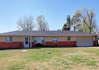 Pre Foreclosure in Collinsville 74021 N 15TH ST - Property ID: 1047692206