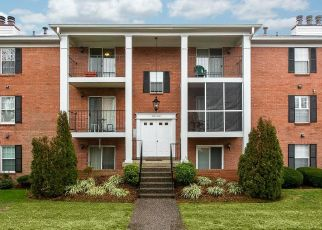 Pre Foreclosure in Louisville 40218 DONARD PARK AVE - Property ID: 1047944487