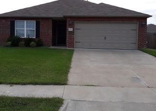 Pre Foreclosure in Claremore 74019 S JEWELL DR - Property ID: 1047947554