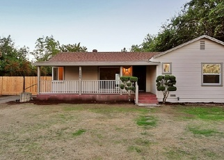 Pre Foreclosure in Fresno 93727 E TURNER AVE - Property ID: 1048033395