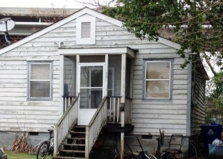 Pre Foreclosure in Charleston 29403 F ST - Property ID: 1048071498