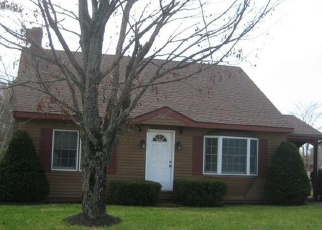 Pre Foreclosure in Auburn 04210 POLAND RD - Property ID: 1048240108