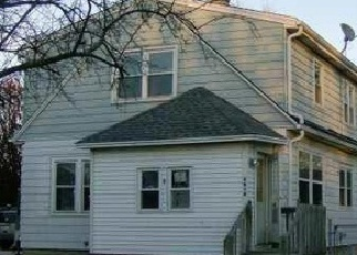 Pre Foreclosure in Cudahy 53110 S DISCH AVE - Property ID: 1048688157