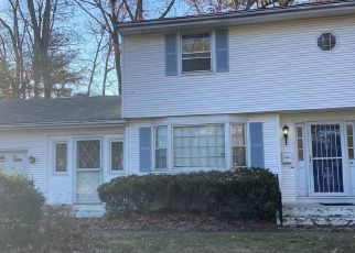 Pre Foreclosure in East Hartford 06118 NORTHFIELD DR - Property ID: 1048695166