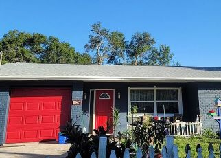 Pre Foreclosure in Tampa 33614 MAY CIR - Property ID: 1048767889