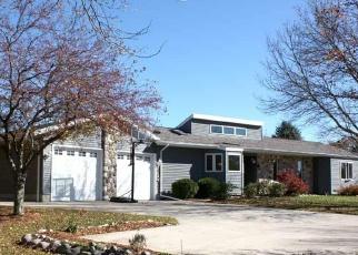 Pre Foreclosure in West Bend 53095 JUNIPER LN - Property ID: 1049456822