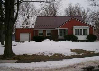 Pre Foreclosure in Akron 14001 SYLVAN PKWY - Property ID: 1049485723