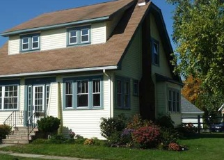 Pre Foreclosure in Syracuse 13208 KENWICK DR - Property ID: 1049693761