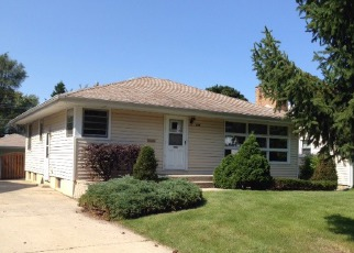 Pre Foreclosure in Addison 60101 S YALE AVE - Property ID: 1049750243