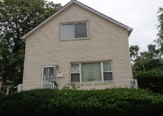 Pre Foreclosure in Dolton 60419 E 144TH ST - Property ID: 1049770394