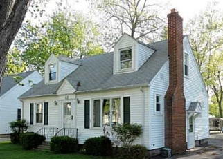 Pre Foreclosure in Hamburg 14075 MARTHA PL - Property ID: 1049792293