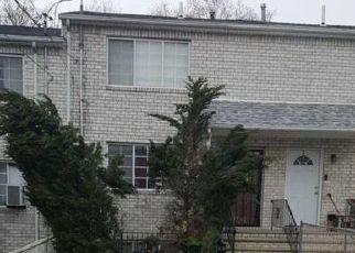 Pre Foreclosure in Staten Island 10304 BEACH ST - Property ID: 1049909680