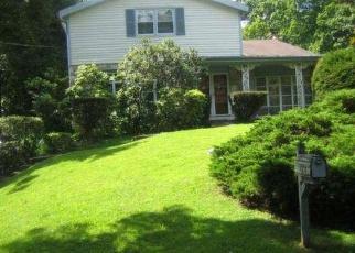 Pre Foreclosure in Wyncote 19095 PARDEE LN - Property ID: 1050047643