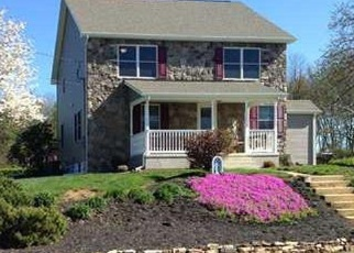 Pre Foreclosure in Monroe Township 08831 LOWER MATCHAPONIX AVE - Property ID: 1050291144