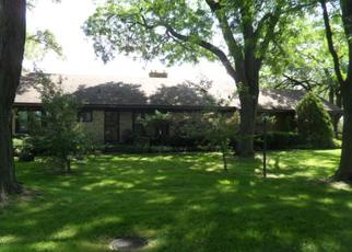 Pre Foreclosure in Wood Dale 60191 ASH AVE - Property ID: 1050460204