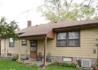 Pre Foreclosure in Calumet City 60409 HIRSCH AVE - Property ID: 1050559180