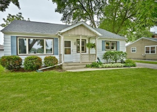Pre Foreclosure in Oconomowoc 53066 S SILVER LAKE ST - Property ID: 1050641532